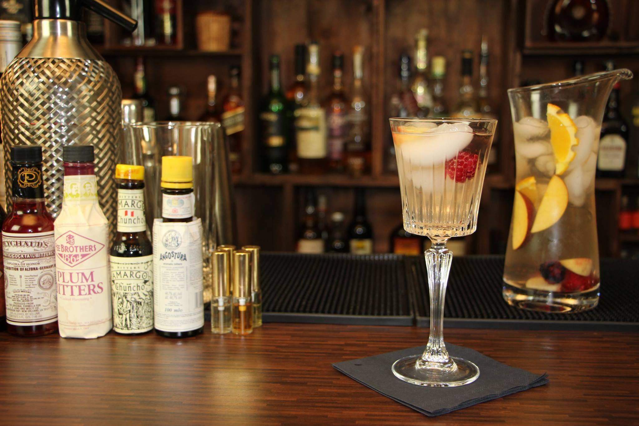 Cocktails mit Wein - weiße Sangria
